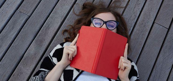 Gebrauchte Bücher verkaufen oder kaufen: auf Plattformen wie Fairmondo, Momox, reBuy oder Booklooker. Alternativen: tauschen, Bücherkisten, Bookcrossing …