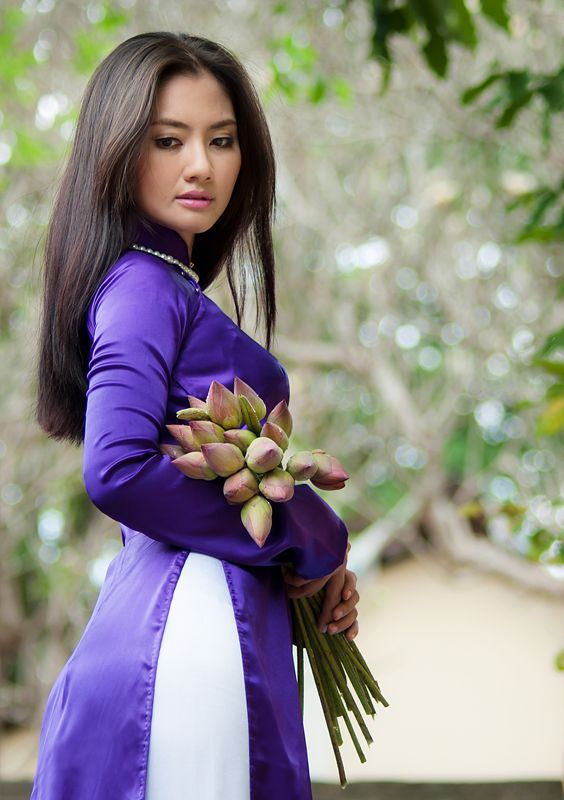 dien vien ngoc lan in ao dai - Google Search | ao dai ...