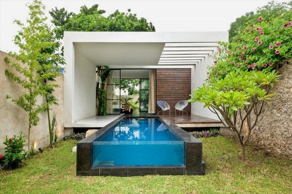 Good idea for a swimming pool in a small garden