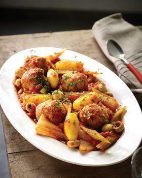 Pot�e aux boulettes et sauce tomate au x�r�s