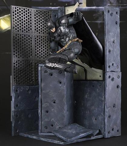 Batman,  Arkham Knight : Action Figure