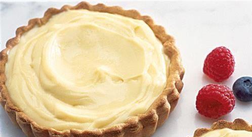 Krém vhodný do košíčkou alebo do kysnutých či plundrových lúpačiek..Je bez masla používaný aj na ďalšie pečenie..