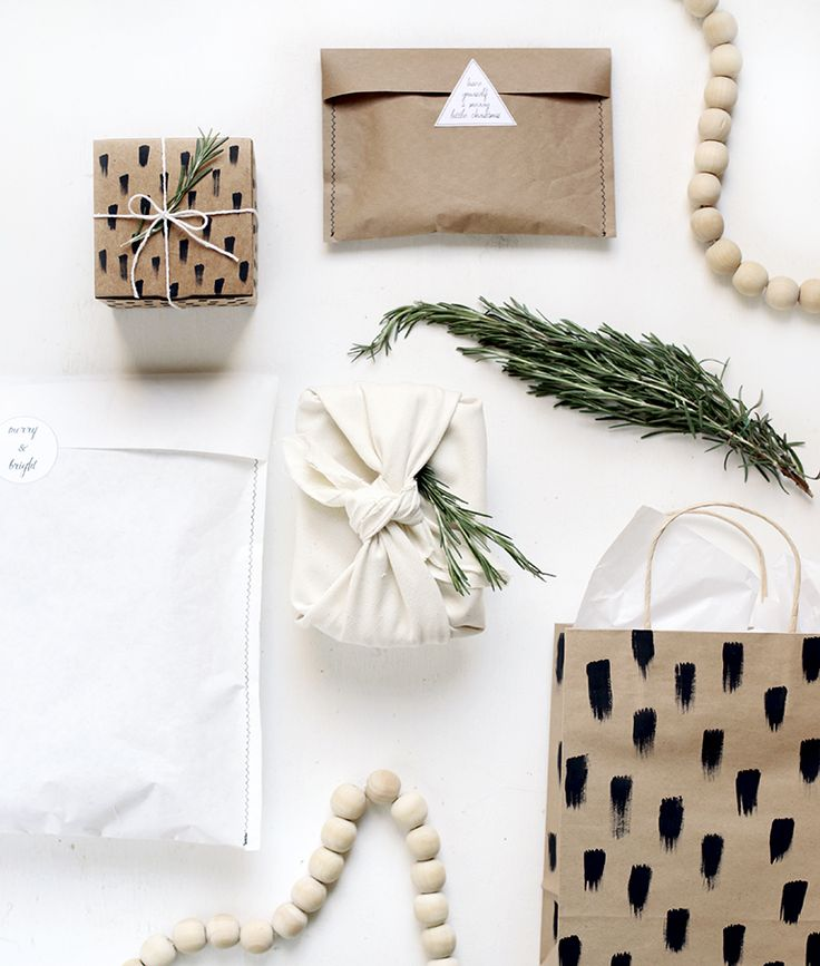 3 Ways to Wrap Difficult Objects @themerrythought  #michaelsmakers #morejolly