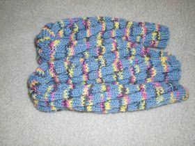 ©leichtstricken.blogspot.de    Selbst gestrickte Socken sind etwas ganz Besonderes. Ihr könnt euch eure Lieblingssocken selber stricken, o...