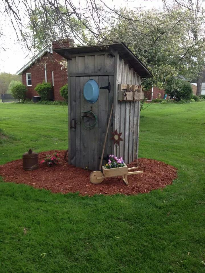 17 best ideas about outhouse decor on pinterest rustic. Black Bedroom Furniture Sets. Home Design Ideas