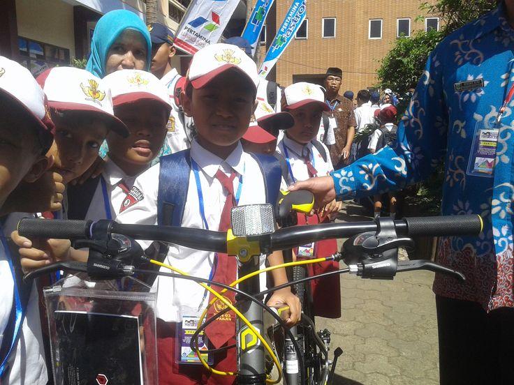 Siswa SD ini Lantangkan Pancasila Dihadapan Jokowi