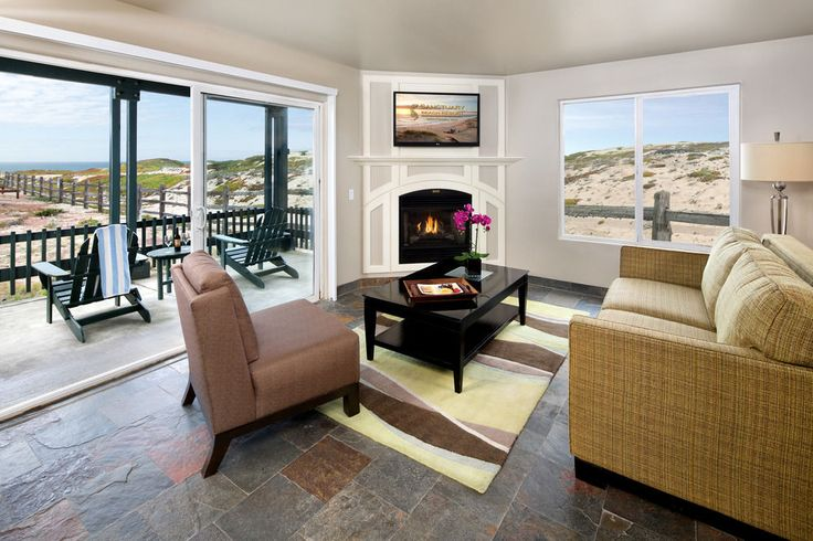 Marina, CA | Sanctuary Beach Resort, Marina, Junior Suite, 1 King Bed with Sofabed, Partial View, Living Area
