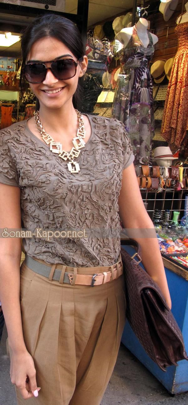 Sonam Kapoor Style Diva - Fashion (2) - Nigeria