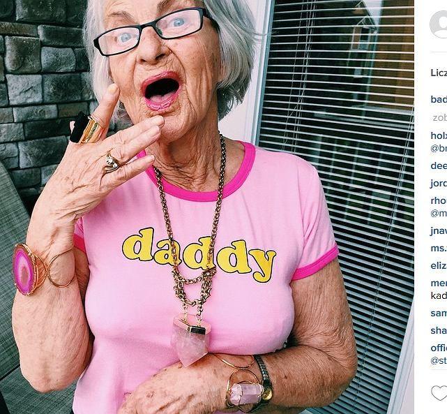Zdjęcie numer 13 w galerii - Myślisz, że na Instagramie królują tylko młode i piękne dziewczyny? To jesteś w błędzie. 87-letnia Baddie Winkle ma milion fanów, a stylu można jej tylko pozazdrościć [ZDJĘCIA]