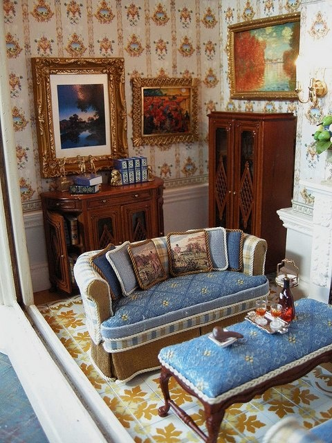 cool 12 scale dollhouse living room set | Gorgeous living room lounge. Dollhouse 1:12 scale ...
