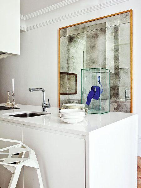 Insólito: el espejo, en la cocina- Idea de LUIS PUERTA