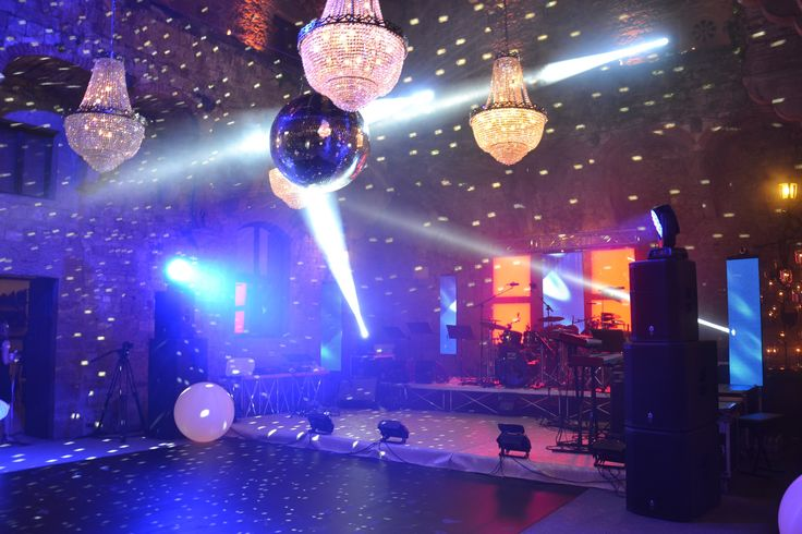 ALMA Project @ Vincigliata - Lighting - Courtyard - Mirror Ball - Led Wall - Moving Heads - Party - Stage 06