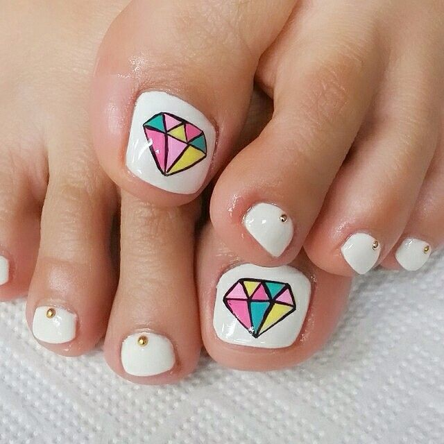 ** Nail By. Cindy** 오랜만에 패디큐어ㅎㅎ 다이아 아트ㅎㅎ #nail #nails #nailart #nailartclub #gel #gelnail #cutenails #prettynails #네일아트 #젤네일 #젤네일아트 #패디큐어 #Padgram
