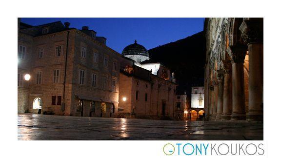 nightscape, windows, street, columns, light, sky, night, dubrovnik, croatia, europe, travel, photography, art, Tony koukos, Koukos, places