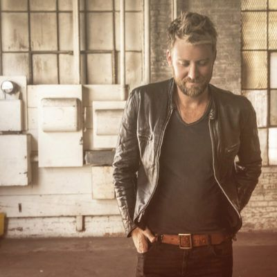 "Check Out Charles Kelley's Sultry ""Lonely Girl"" Video"