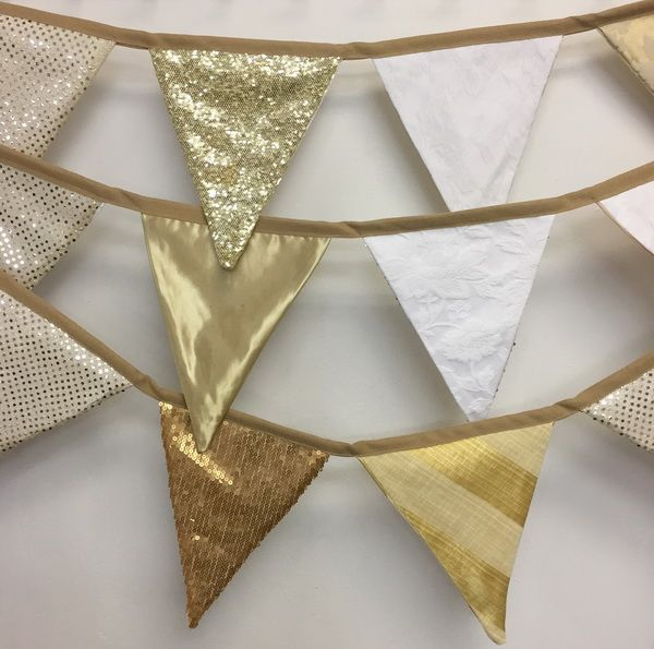 This gold bunting is amazing