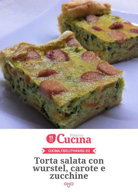Torta salata con wurstel, carote e zucchine