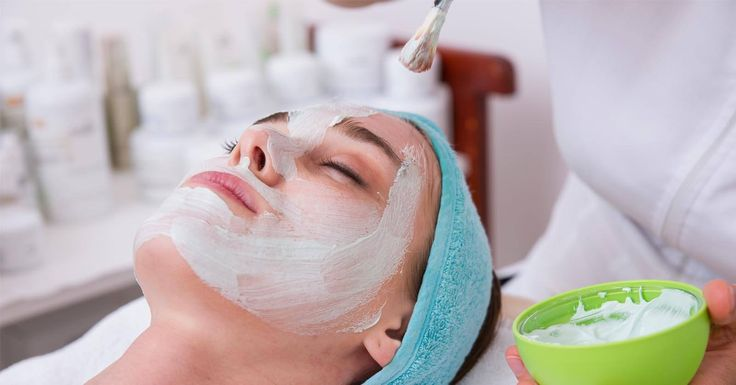 At Lulubeauty.in, we offer a complete salon services comprised of Keratin Treatment, Mehndi Designing, Hair Smoothening, Pimple Treatment, Pedicure & many more. Relax your body & mind with our affordable services! Call us at +91 9747 300 836 for any query!