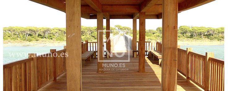 # muno  puente de madera, ideal para zonas de costa