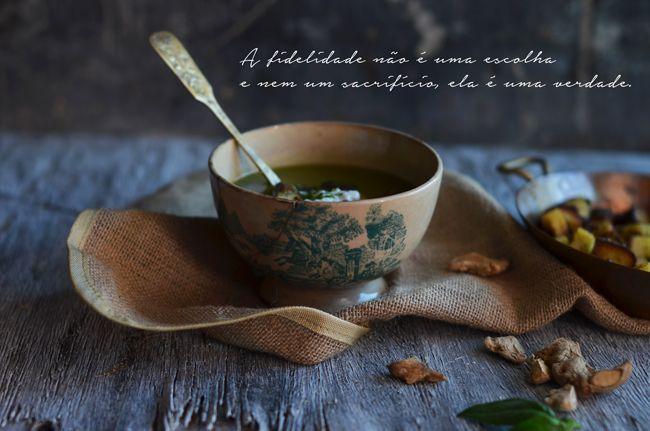 Marmita: Creme de espinafres e gengibre