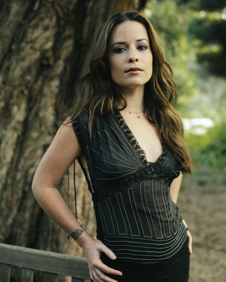 Piper Halliwell played by Holly Marie Combs