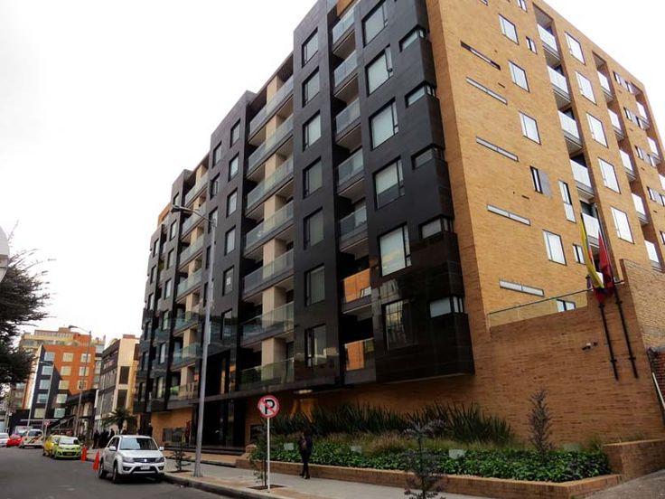 22. A una cuadra del Parque encuentras el 93 Luxury Suites & Residences y el Hotel Best Western Plus 93 Park.