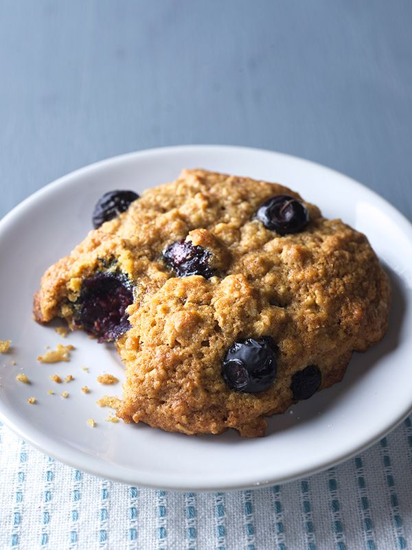 Are you serious? Cookies for Breakfast?...Oh YES! hearty and nutritious Blueberry Lemon Oatmeal Breakfast Cookies that will power up your morning!