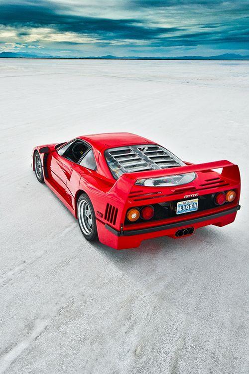 Ferrari F40                                                                                                                                                                                 Plus