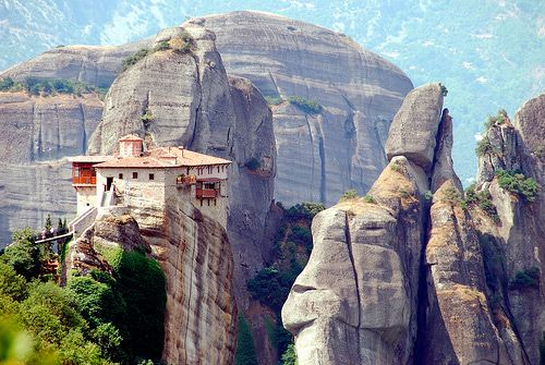 Rousseau monastery in Kalambaka, Greece / sandstone rock pillars: Favorit Place, Buckets Lists, Awesome Rocks, Backgrounds, Place I D, Beauty Place, Rocks Climbing, House, Meteora Greece