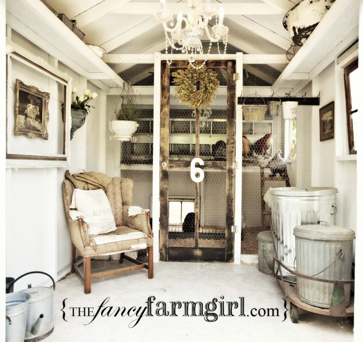 this.....is a chicken coop.Farms Girls, Fancy Chicken, Shabby Chic, Chicken Coops, Gardens, Outdoor Room, Chicken House, Chicken Coupe, Farm Girls
