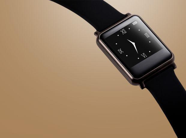 So ist die Uhr mit 1,28 Zoll großem Memory-LCD-Display mit einem Pulsmesser ausgestattet. Dieser synchronisiert die gemessenen Werte mit einer App, die Nutzer auf ihrem Android-Smartphone installieren. Diese zeichnet auch Schlafwerte sowie sportliche Aktivitäten auf. Mit iPhones ist die Allwatch nicht kompatibel.