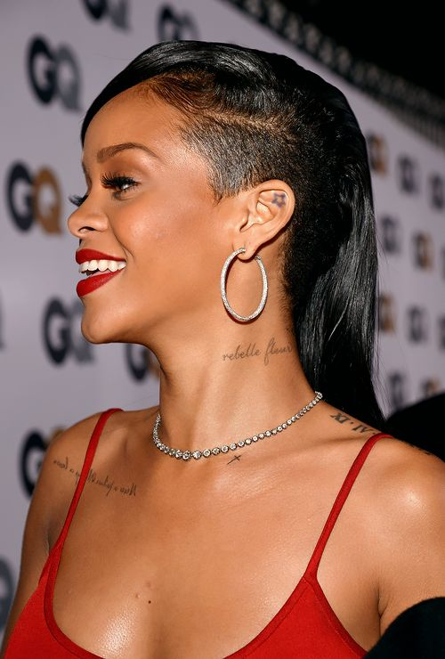 Rihanna And Her Pointy Breasts @ Platinum-celebs.com