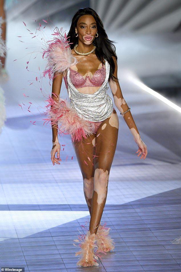 Winnie Harlow, Victoria Secret Fashion Show, My Spirit Animal, Girl Crushes, Pretty People, Supermodels, Catwalk, Celebs, Actors