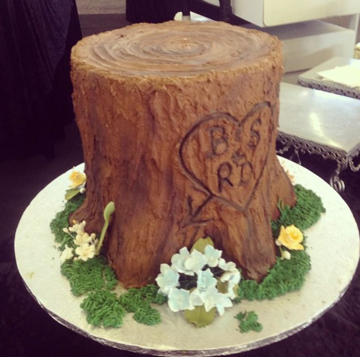 tree stump cake | Tree Stump Groom's Cake by Delicious Cakes - Beaux and Belles : Beaux ...