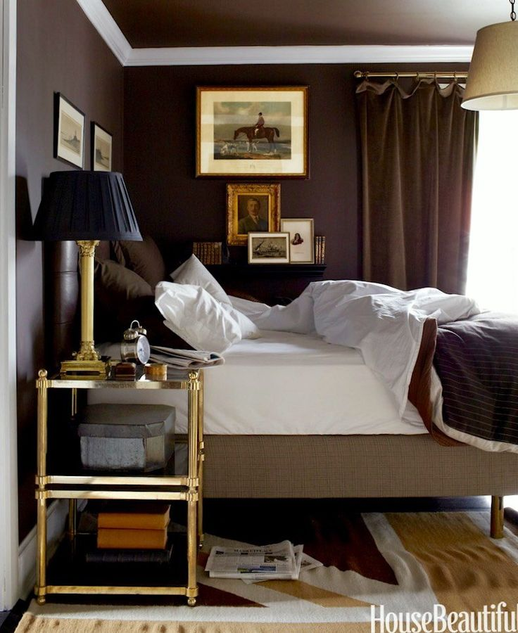 16 tricks to make your small rooms look bigger mistakes for Dark brown bedroom designs