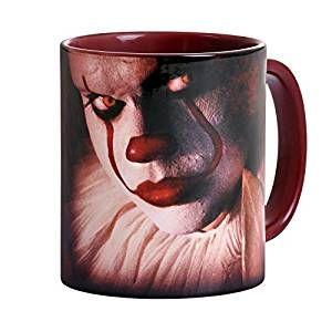 Stephen Kings Es ist ein zweiteiliger Fernseh-Horrorfilm aus dem Jahr 1990, der auf dem Roman Es von Stephen King basiert – VinTageBuch