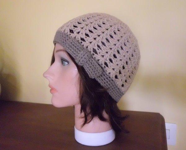 Mes bonnets aux jolis points fantaisies , en suivant une vidéo !