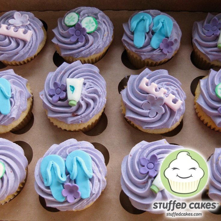 Nail Cakes Bakery: Stuffed Cakes: Spa Party Cupcakes