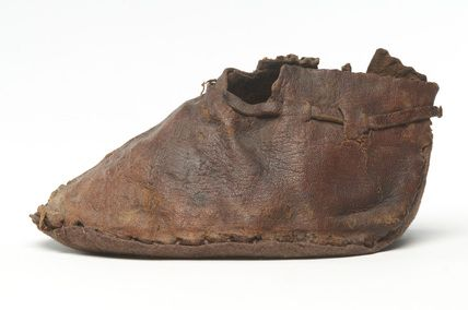 Child's leather shoe: 15th century Museum of London