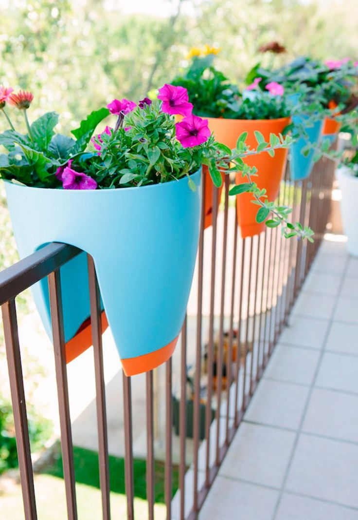 M s de 25 ideas incre bles sobre balcones peque os en for Decoracion jardin pequeno reciclado