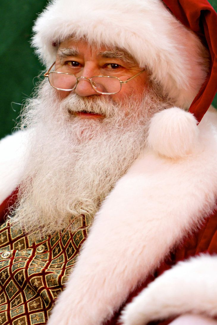 Love this Santa! This is like the perfect Santa!  Repin the picture if you believe in Santa Claus!!!!
