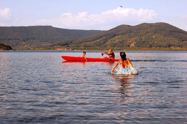Red canoa on Vico lake