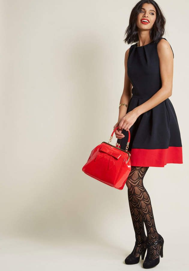 ModCloth Closet London Luck Be a Lady A-Line Dress in Black & Red in 16 (UK) - Sleeveless Fit & Flare Knee Length