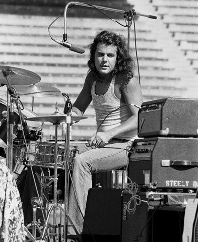 Jim Hodder - Steely Dan: Band Steeli, Helluva Band, Hodder December, Heavens A Helluva, Jim Hodder, Rolls, American Drummers, Musik 1900, Heavena Helluva