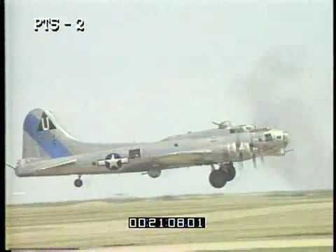 B17 Flying Fortress takes off