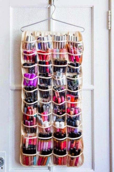 Un+organiseur+à+chaussures+pour+les+produits+de+beauté.jpg 434×651 pixels