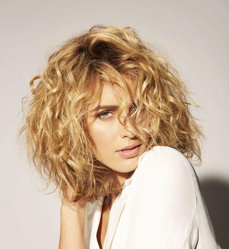 Assez Plus de 25 idées magnifiques dans la catégorie Cheveux bouclés  HM52