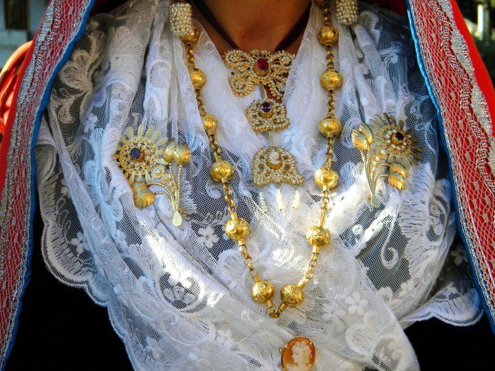 """Coja antiga, literally """"Old fashioned wedding"""" is a  tradition in Sardinia, especially in the little village of Selargius. Newlyweds, friends and relatives wear gorgeous garments embroidered with gold threads."""