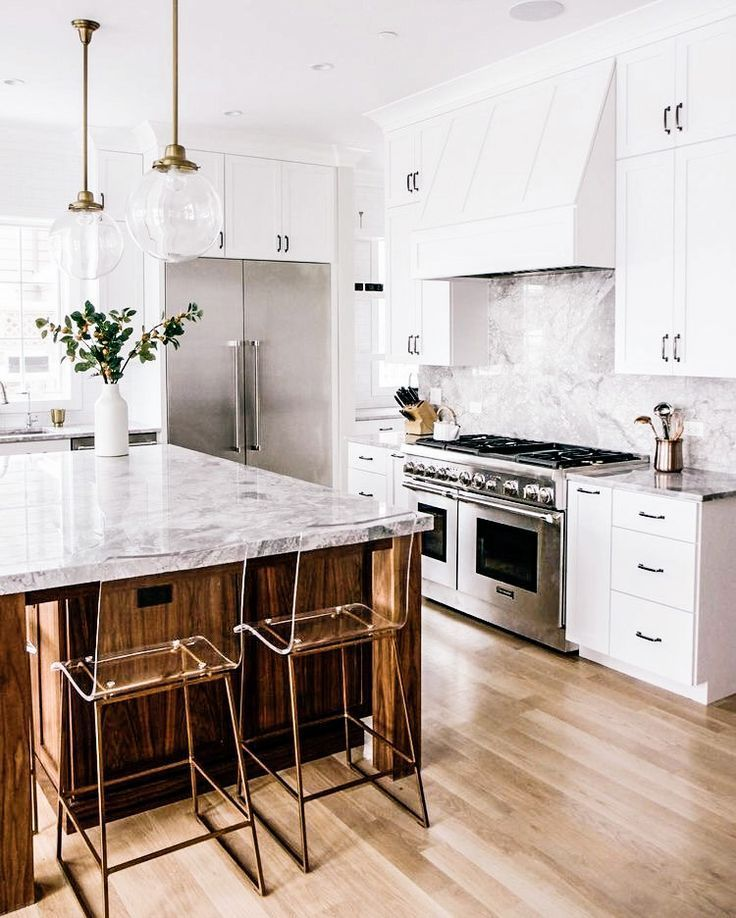 marble and wood in kitchen
