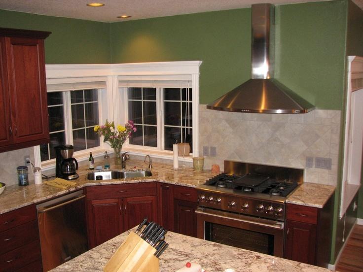 Diagonal set backsplash with white springs granite counter for Kitchen set granit hitam